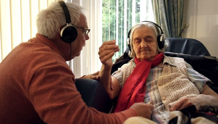 Giving people with dementia something to sing about