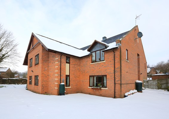 Snowy day at Abbeyfield House
