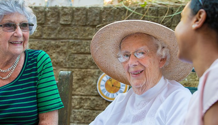 Tips to help older people stay cool in a heatwave