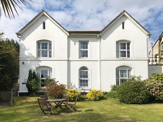 Welcome to Abbeyfield House in St Austell