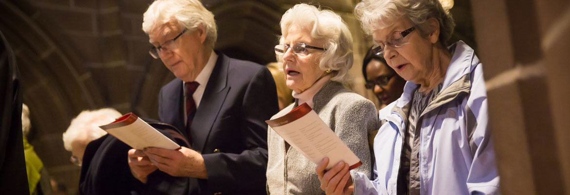 Abbeyfield residents singing Christmas hymns